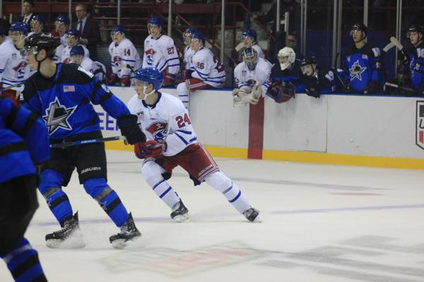 Lincoln's Early Lead Holds as Bucs Fall 4-2 to Stars