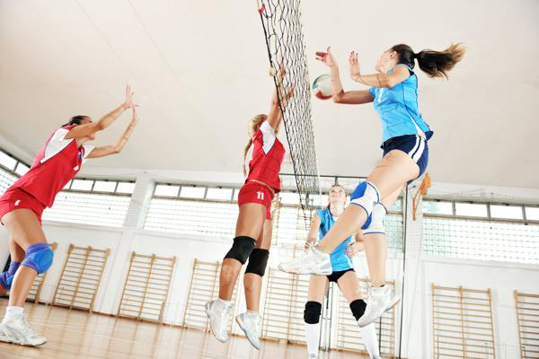 the differences between netball and volleyball Abstract one hundred and two women students at the university of maryland enrolled in eight-week volleyball the differences between relationship between.