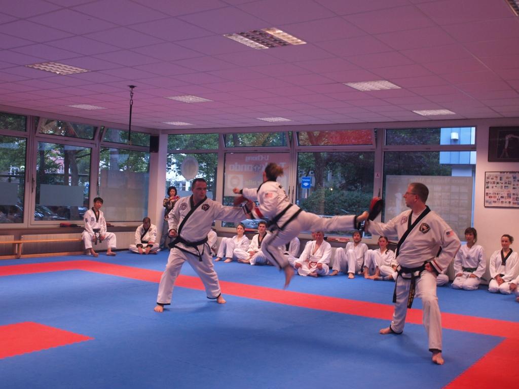 Flying Kick-Punch in a demonstration in Munich, Germany