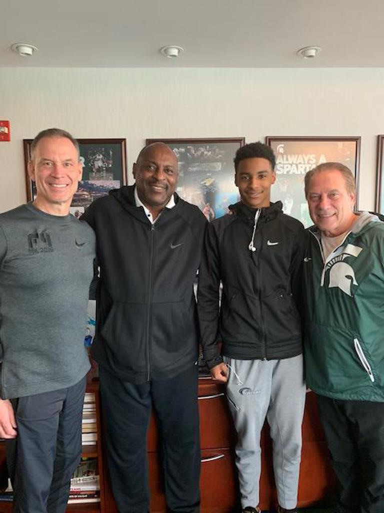 MSU Head Basketball Coach Tom Izzo, Asst Coach Doug Wojcik with PDB Alumni Pete Davis II