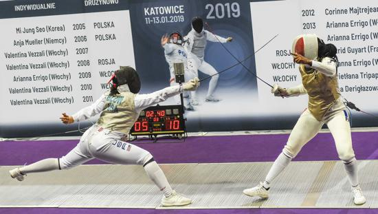 U S Women S Foil Team Earns First Ever World No 1