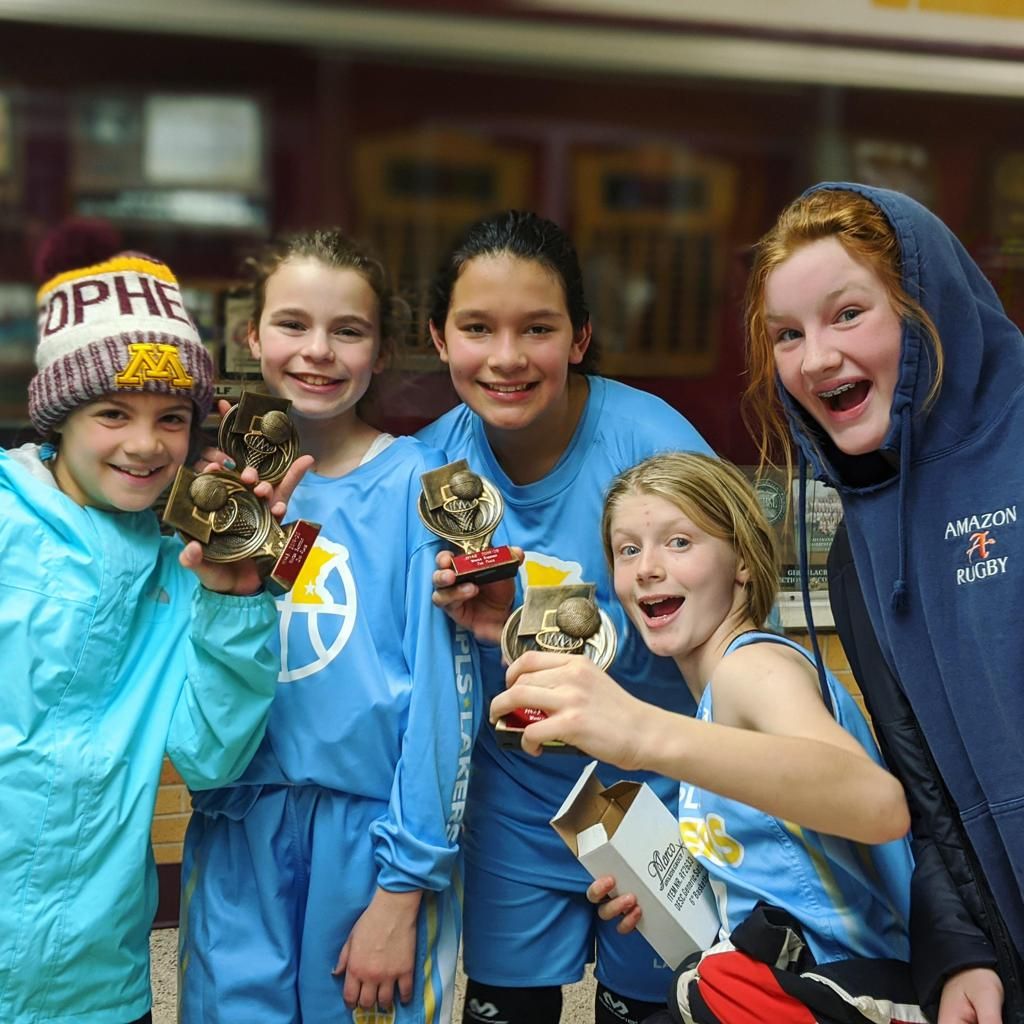 Girls 6th Grade Gold take 2nd Place at Irondale WInter Shootout. Way to go Lakers!