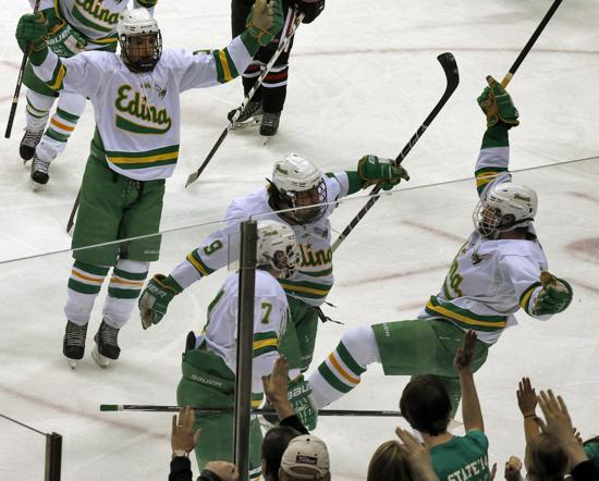 MN H.S.: Edina Doesn't Have To Bother With Rebuilding - Underclassmen Played A Major Role In Edina's Dominant Championship Victory