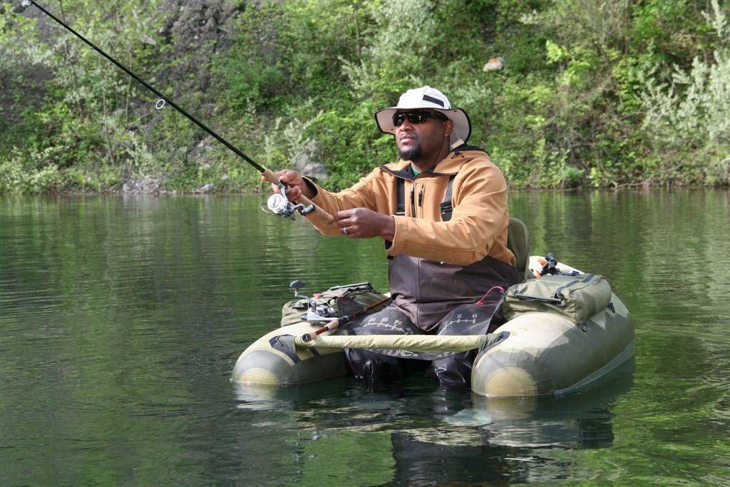 Belly boat float tube na nasim vodama for Belly boat fishing