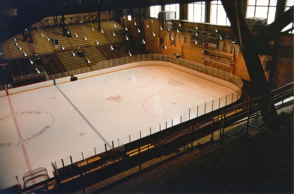 "Williams Arena/Mariucci Arena ""The Barn"" Gopher Hockey"