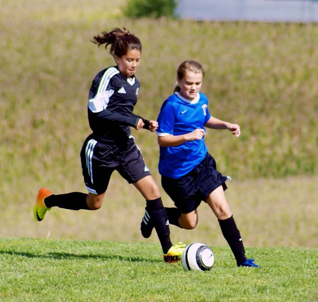 Centris cup   blue game 2   dakota panthers 032 large