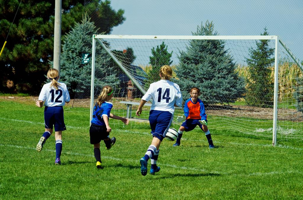 Centris cup   blue game 3   kearney strikerz 013 large