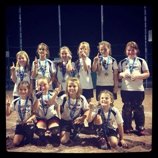 07 lady backs take 1st @ the 8u Diamond Jam