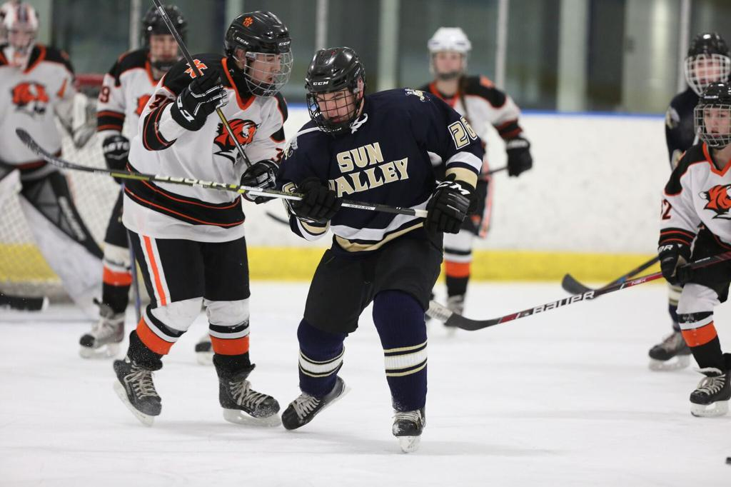 Friday's boys' varsity game recaps: Summers & McGinnus' hat tricks lead Sun Valley to 9 – 4 win