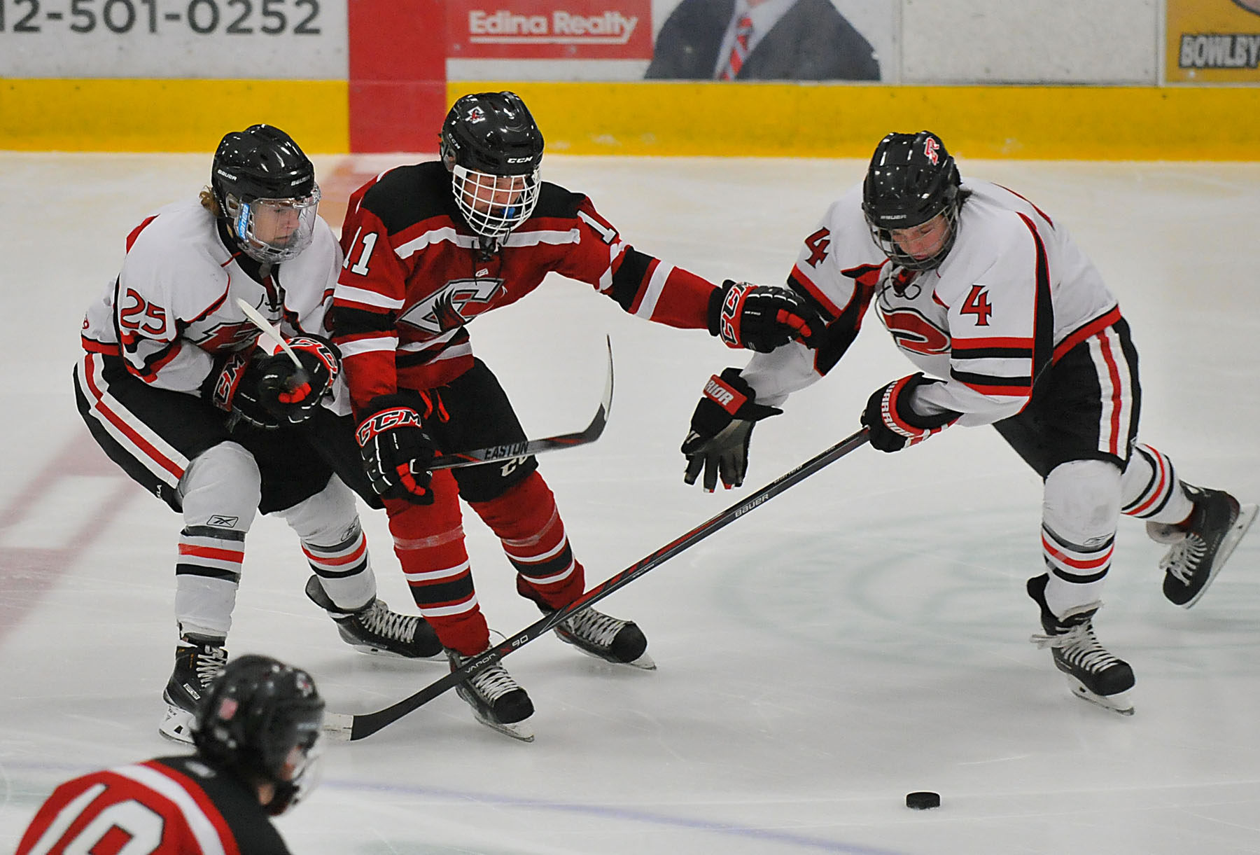 MN H.S.: Edina Holiday Classic - Ugly Goals Give Eden Prairie Victory Over Elk River
