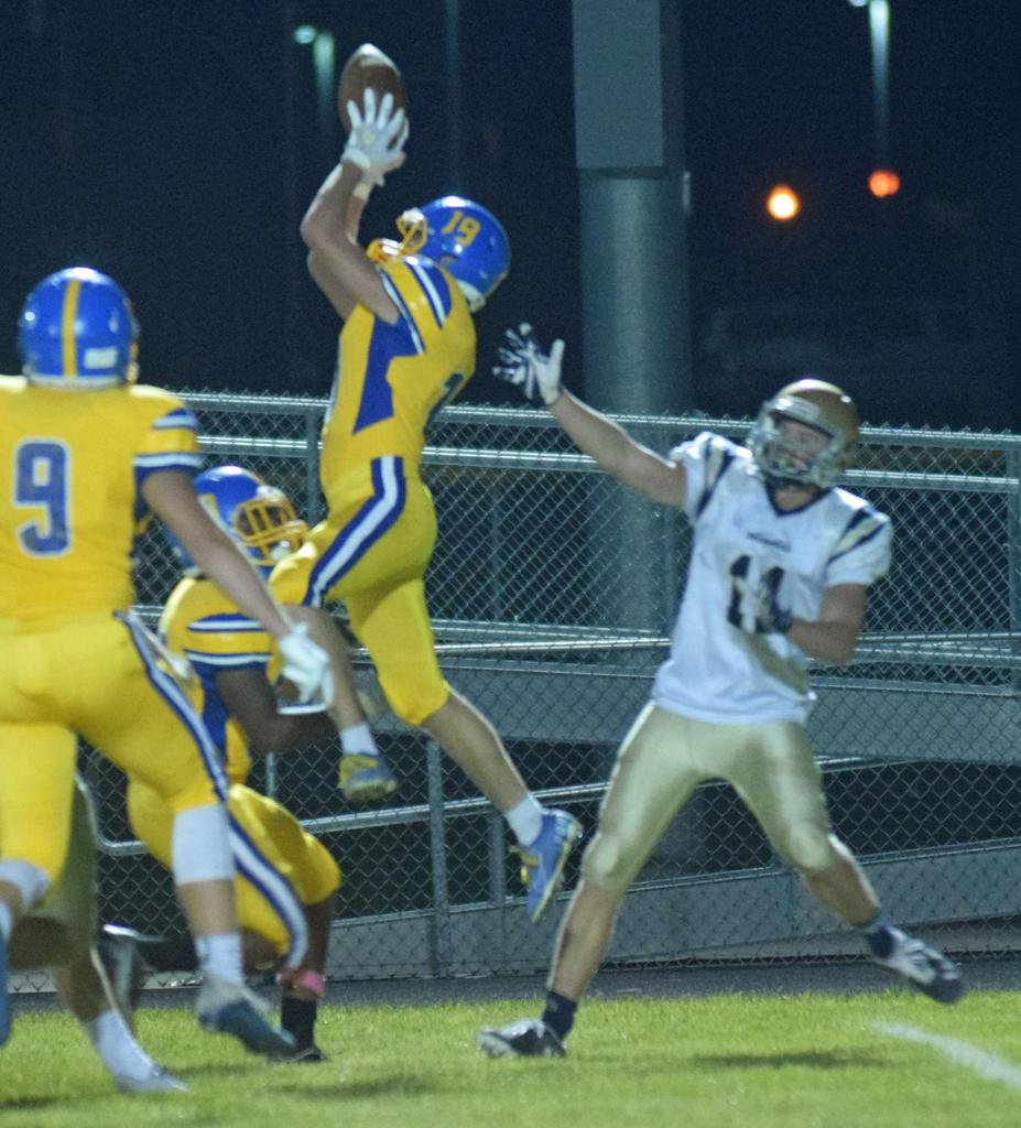 """Camron Cafferty Named """"Second Team South Central Conference Wide Receiver."""""""
