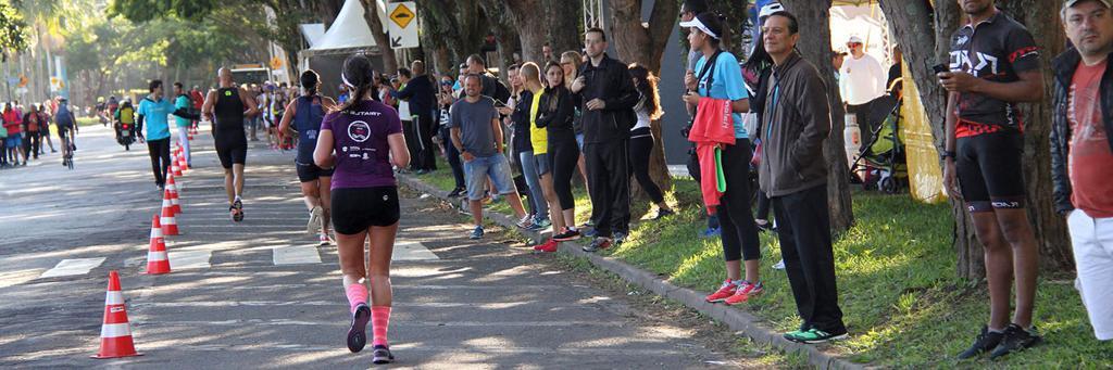 Runners make their way on IRONMAN Sao Paulo 70.3