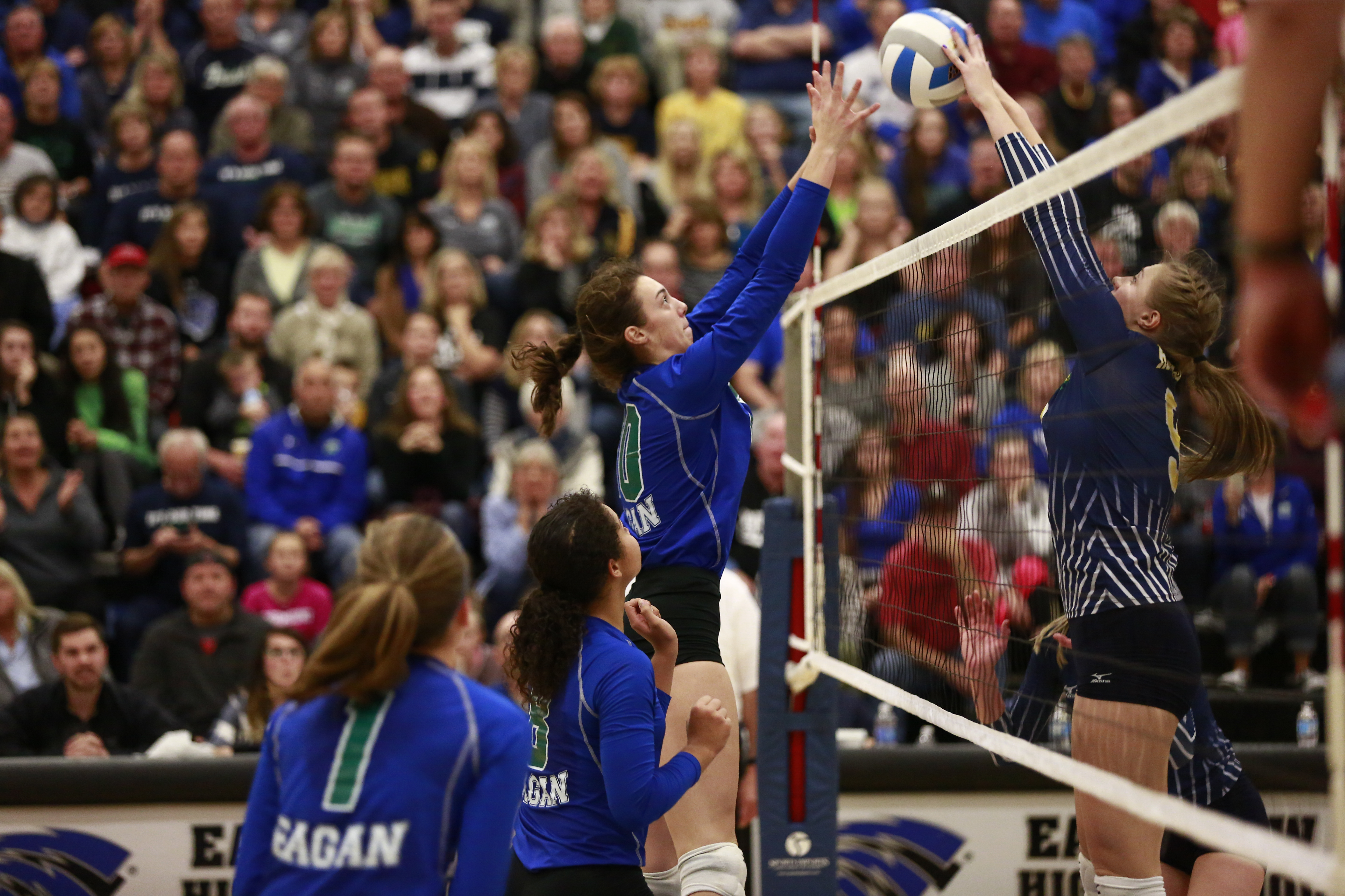 Eagan escapes with state bid after back-and-forth battle