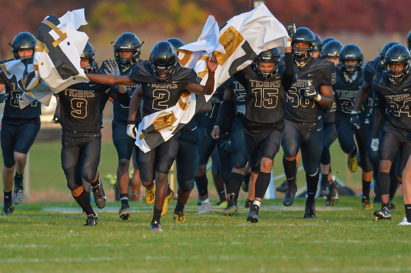 Undefeated Fridley will attempt to halt Minneapolis North's streak of 57 regular-season wins when the teams meet on Friday. Photo by Earl J. Ebensteiner, SportsEngine