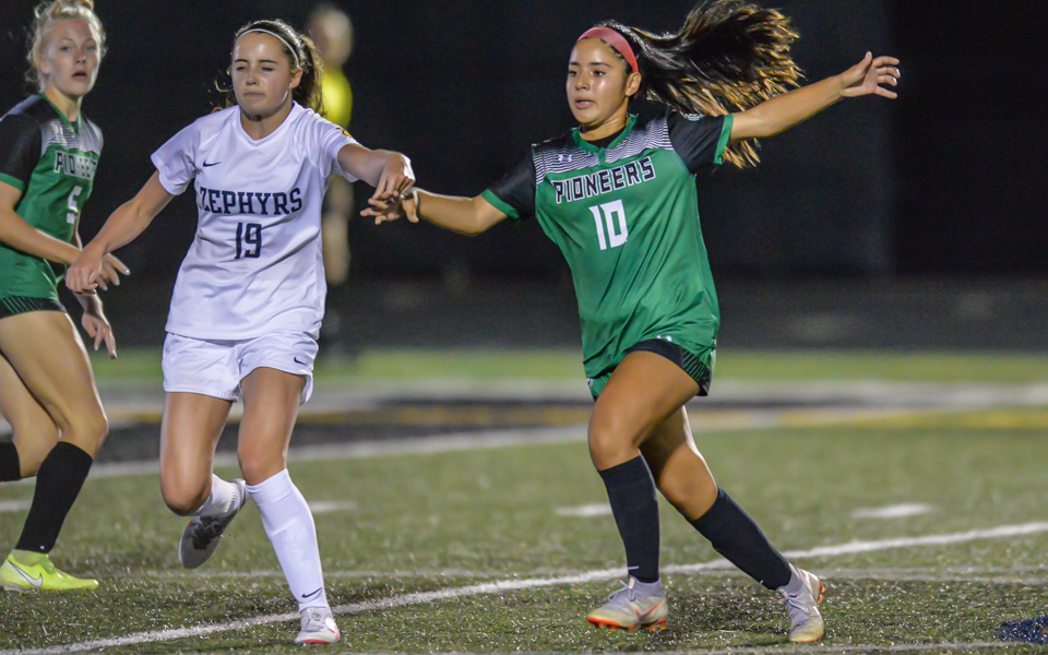 Hill-Murray's Ariadna Vargas scored the game's lone-goal in the Pioneers' 1-0 win over the Zephyrs Thursday night. The Pioneers handed Mahtomedi its first defeat of the season. Photo by Earl J. Ebensteiner, SportsEngine