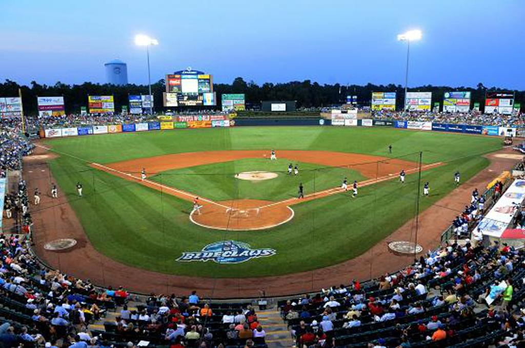 Play a game at Lakewood BlueClaws