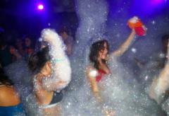 Laser & Foam Party