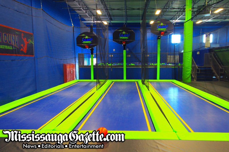Air Riderz Trampoline Park For Kids & Families - 3600 Ridgeway Drive, UNIT 4 & 5, Mississauga - (905) 820-7500