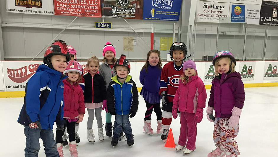 Sun Prairie Skating Academy group picture