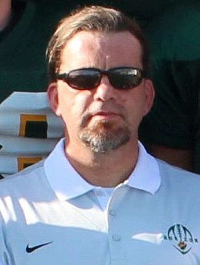 Coach Tomas