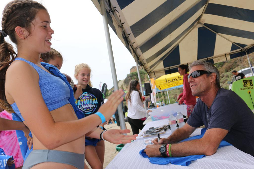 Karch Kiraly talks with a fan