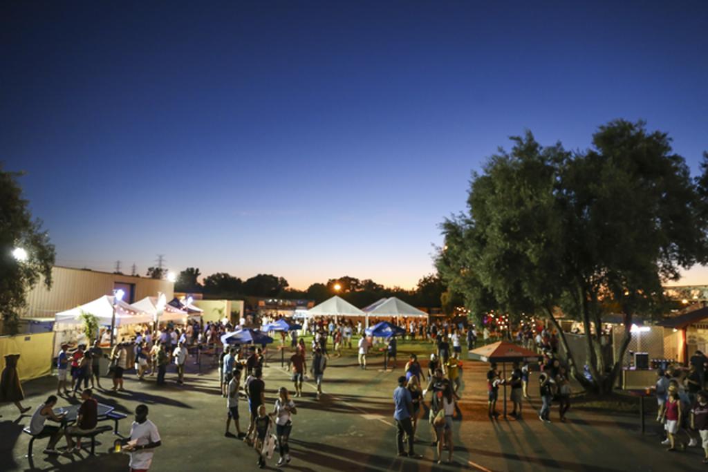 Sacramento Republic Fc Invites Fans To Cool Down At