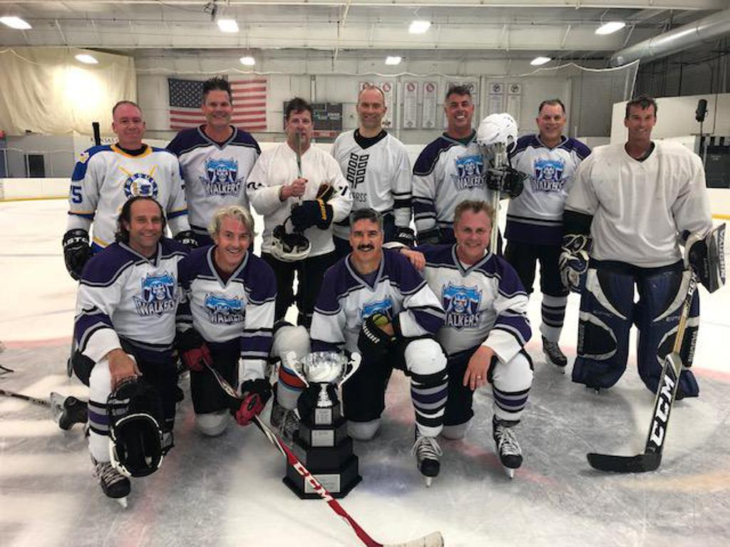 45+ White Walkers defeat the Nordiques 7-1 to win the championship game