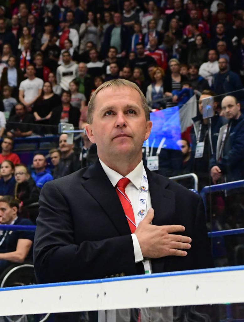 In his first season as head coach, Hoff led Team USA to the gold medal at the 2019 Para Ice Hockey World Championship