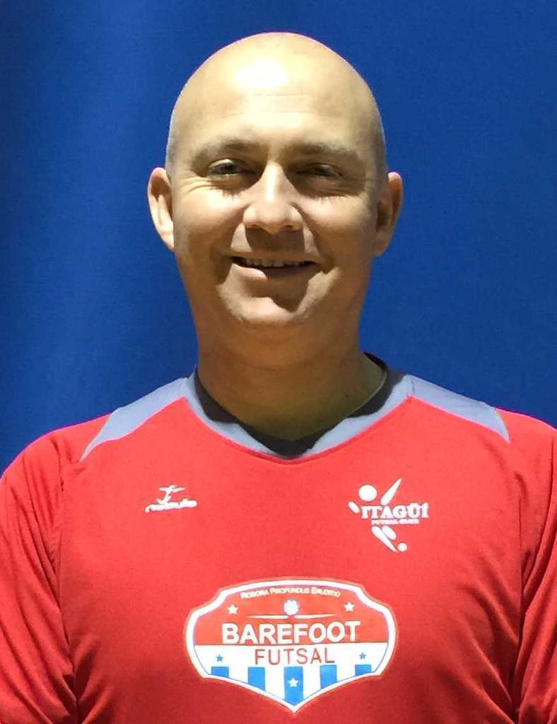 Barefoot Futsal Coach G