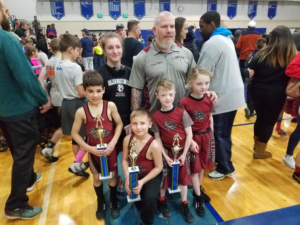 Alyssa, Coach Mahan, Dominic, Connor, Jayson, and Ava at Kennett