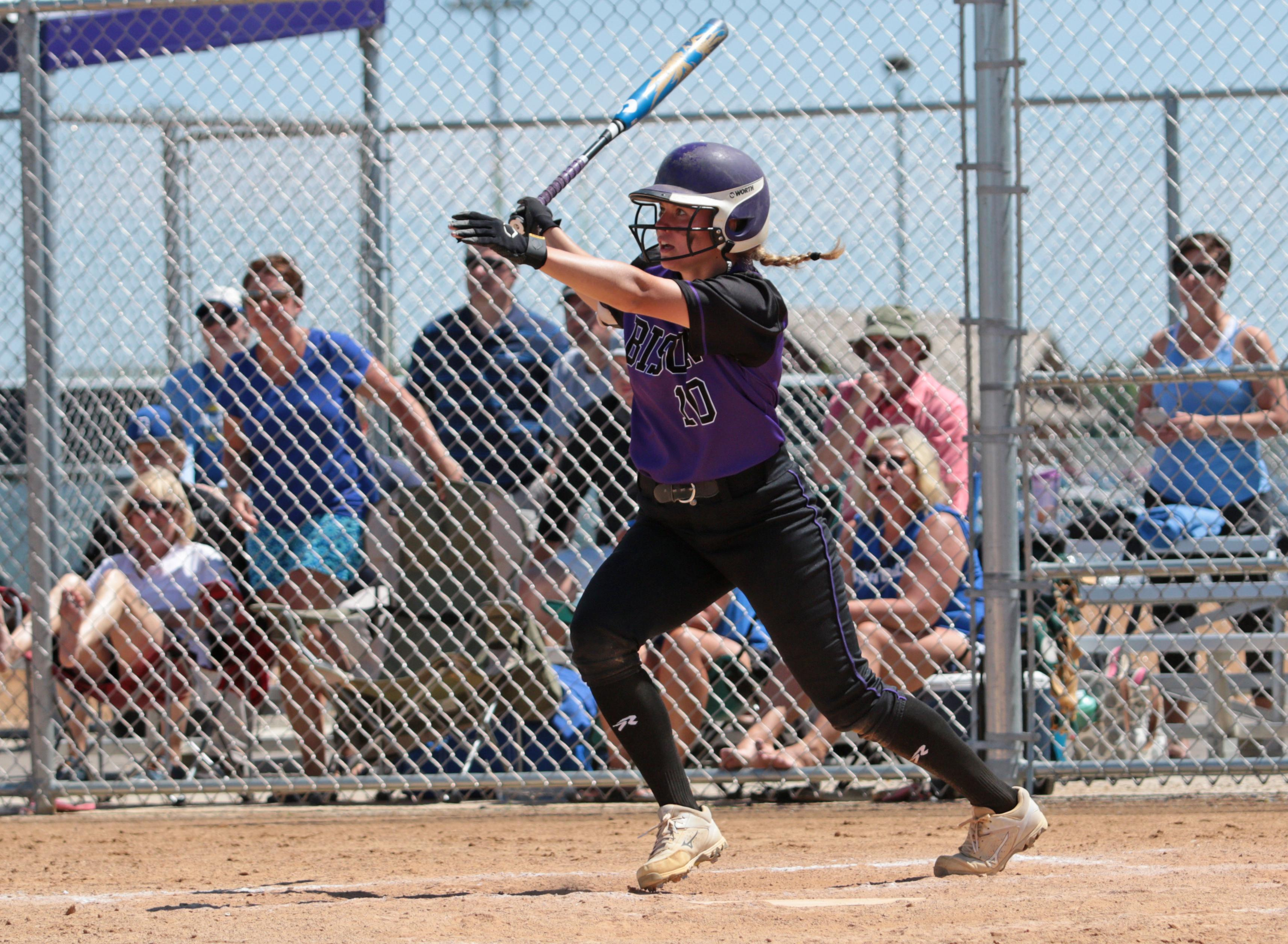 Buffalo's Emily Hansen won the 2018 Ms. Softball Award after another stellar season with the Bison. Photo by Cheryl Myers, SportsEngine.