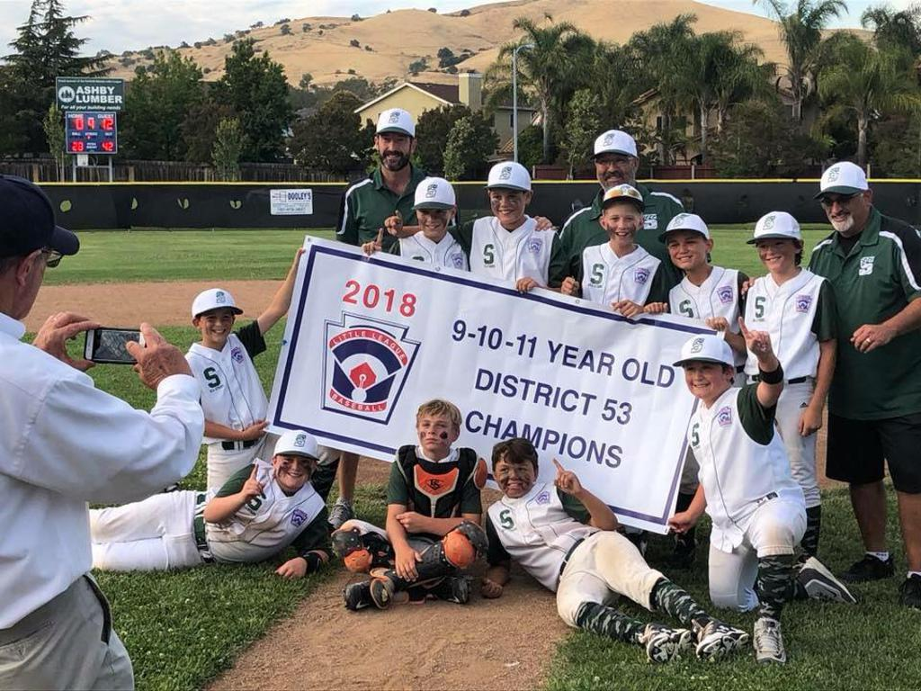 11's Win District 53!